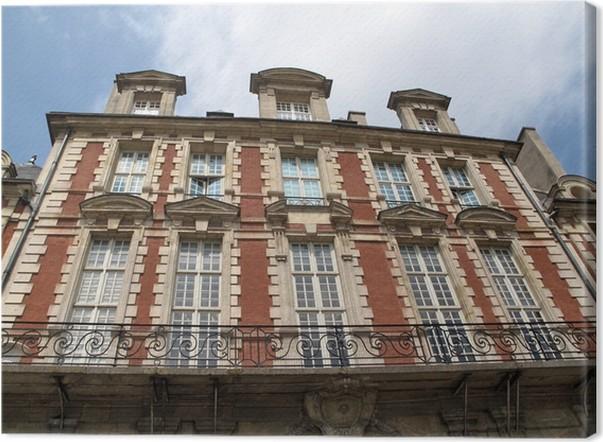Cuadro En Lienzo Fachada De Ladrillo Rojo Y Piedra Blanca, París, Francia.