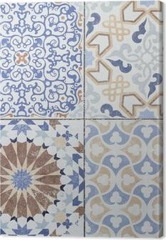 Cuadro en Lienzo Viejos patrones de pared de azulejos de cerámica bellos del parque público.