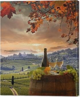 Cuadro en Lienzo Vino blanco con barell en el viñedo, Chianti, Toscana, Italia