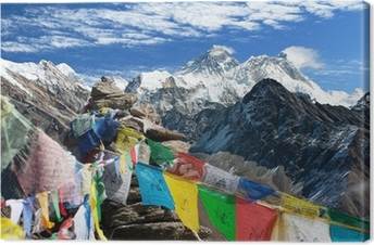 Cuadro en Lienzo Vista de everest del ri gokyo con banderas de oración - Nepal