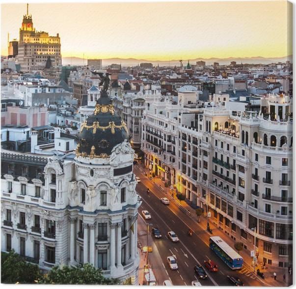 Cuadro en Lienzo Vista panorámica de la Gran Via, Madrid, España ...