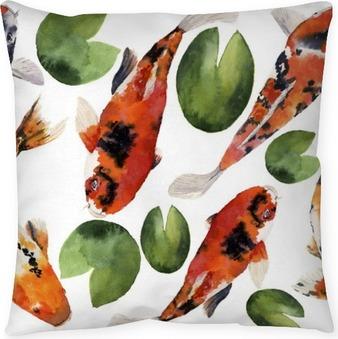 Cuscino decorativo Acquerello orientale carpe arcobaleno con il giglio di acqua seamless. Koi pesci ornamento isolato su sfondo bianco. illustrazione subacquea per la progettazione, sfondo o tessuto