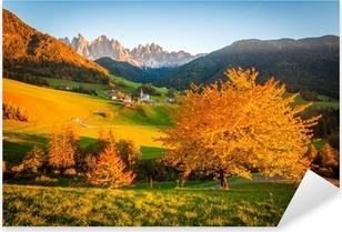 Pixerstick Dekor Dolomiterna Alperna, Val di Funes, höstlandskap