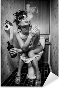Pixerstick Dekor Flicka sitter i en toalett
