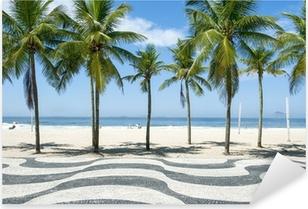 Pixerstick Dekor Ikoniska trottoaren kakel mönster med palmer på stranden Copacabana i Rio de Janeiro, Brasilien