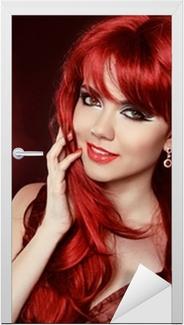 Poster Portret Van Mooie Meisje Met Gezond Lang Rood Haar En Make Up
