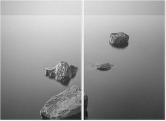 Diptychon Minimalist neblige Landschaft. Schwarz und weiß.