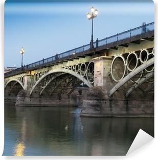 Vinil Duvar Resmi Triana Köprüsü, alacakaranlıkta Seville eski köprüsü
