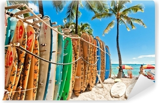 Vinil Duvar Resmi Waikiki Plajı'nda rafa Sörf Tahtaları - Honolulu