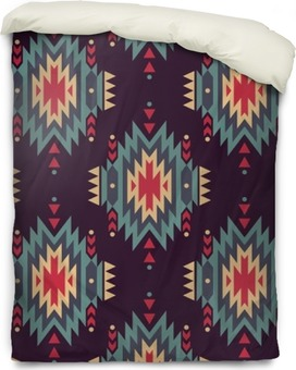 Vector seamless decorative ethnic pattern. American indian motifs. Background with aztec tribal ornament. Duvet Cover