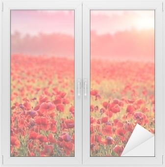Fensteraufkleber Rote Mohnblumenfelder im Morgendunst