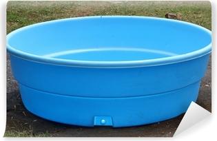 Vinyl Fotobehang Kleine plastic zwembad