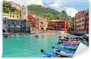 Vinyl Fotobehang Kleurrijke haven van Vernazza, Cinque Terre, Italië