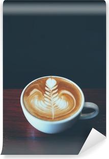 Vinyl Fotobehang Kopje koffie latte art in coffeeshop