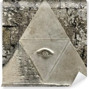 Vinyl Fotobehang Oog van Voorzienigheid symbool geëtst in kalksteen