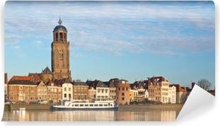 Vinyl Fotobehang Panoramisch uitzicht op de middeleeuwse Nederlandse stad Deventer