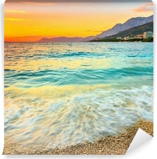 Vinyl Fotobehang Prachtige zonsondergang boven de zee, Makarska, Kroatië