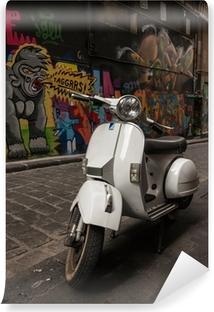 Vinyl Fotobehang Vespa scooter geparkeerd in Hosier Lane, Melbourne