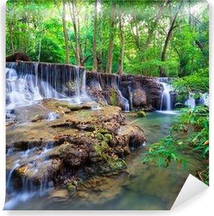 Vinyl Fotobehang Waterval diep in de bossen van Thailand