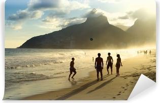 Vinyl Fotobehang Zonsondergang Silhouetten Spelen Altinho Futebol Beach Voetbal Brazilië