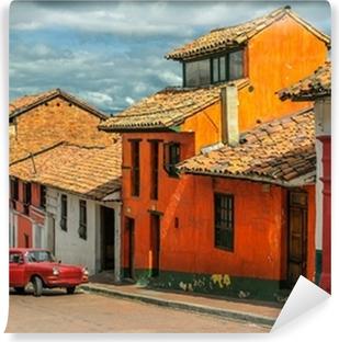 Fotomural Estándar La Candelaria, el barrio histórico en el centro de Bogotá, Colombi
