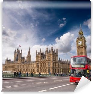 Fotomural Estándar Londres. Classic Double Decker Red Autobuses en el puente de Westminster