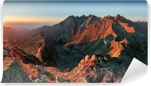 Fotomural Estándar Panorama del paisaje de la montaña del otoño