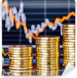 Fotomural Estándar Tendencia alcista pilas de monedas, dados cubo con la palabra GO en la financi
