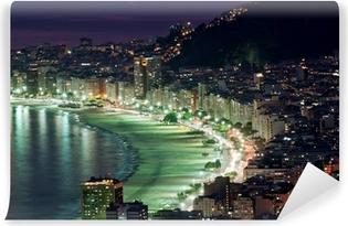 Fotomural Estándar Vista nocturna de la playa de Copacabana. Río de Janeiro