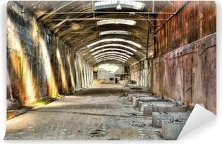 Vinyl-Fototapete Altes, verlassenes Industriegebäude