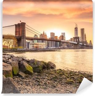 Vinyl-Fototapete Brooklyn-Brücke bei Sonnenuntergang