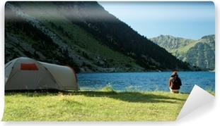 Vinyl-Fototapete Camping sauvage au Lac de Gaube dans les Pyrénées