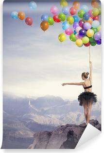 Vinyl-Fototapete Dancer mit Luftballons