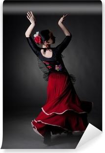 Vinyl-Fototapete Junge Frau tanzen Flamenco auf schwarz