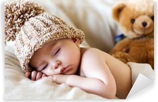 Vinyl-Fototapete Kleines Baby, schlafend mit Teddybären