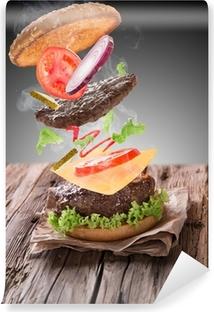 Vinyl-Fototapete Köstliche Hamburger auf Holz