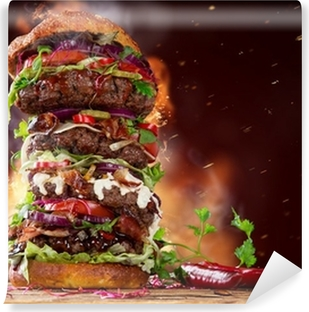 Vinyl-Fototapete Leckeren großen Hamburger auf Holz