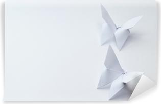 Vinyl-Fototapete Origami Schmetterlinge auf weißem Hintergrund