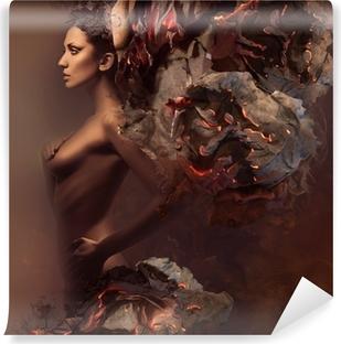 Vinyl-Fototapete Sexy hübsche Frau in brennendem Papier