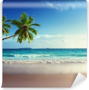 Vinyl-Fototapete Sonnenuntergang am Strand der Seychellen