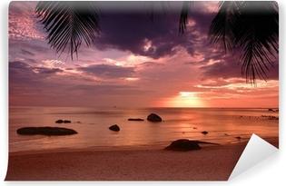 Vinyl-Fototapete Sonnenuntergang am Strand in Thailand