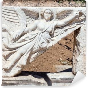 Vinyl-Fototapete Steinbildhauerei der Göttin Nike bei antiken Ephesus, Türkei