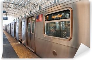 Vinyl-Fototapete Subway Zug am Ende des Laufs in Coney Island, NY