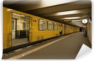 Vinyl-Fototapete U-Bahn-Station