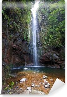 Vinyl-Fototapete Wunderschönen Wasserfall auf der Insel Madeira, Portugal