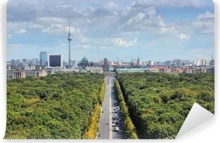 Fototapet av Vinyl Berlin skyline med parken Tiergarten