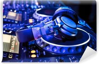 Fototapet av Vinyl Dj mixer med hörlurar
