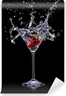 Martini drikker over mørk baggrund Vinyl fototapet