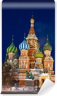 Fototapet av Vinyl Saint Basil domkyrka på natten, Moskva