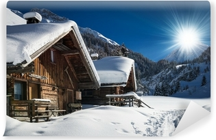 Fototapet av Vinyl Vinter stuga och stuga i snö bergslandskap i Tyrolen